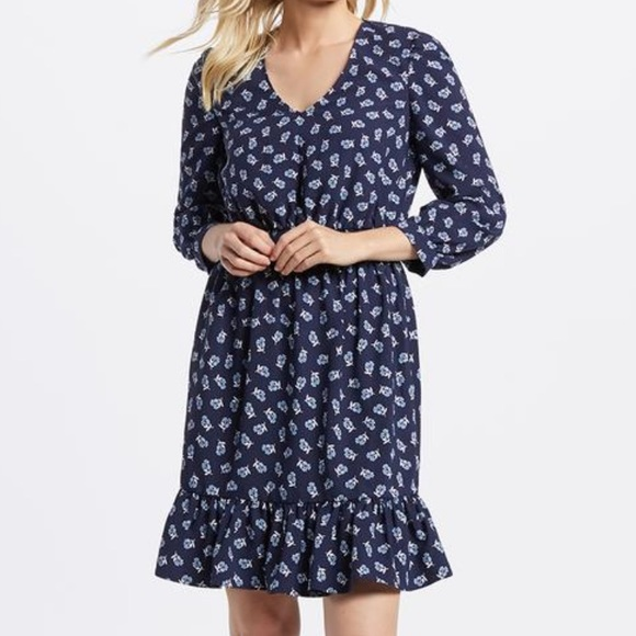 Draper James Dresses & Skirts - NWT Draper James Floral Peasant Dress Medium Navy